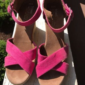Size 8.5 Toms wedges